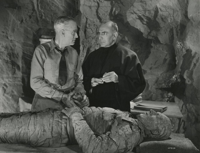 "Charles Trowbridge, Tom Tyler, and George Zucco in ""The Mummy's Hand"" (1940)"