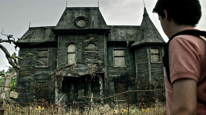 haunted-house-feature
